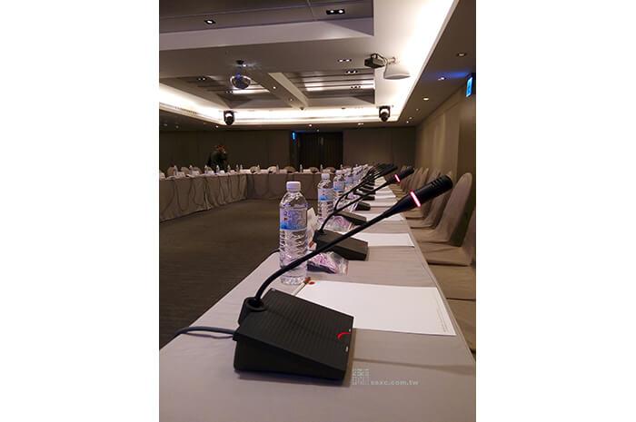 會議討論麥克風管理系統